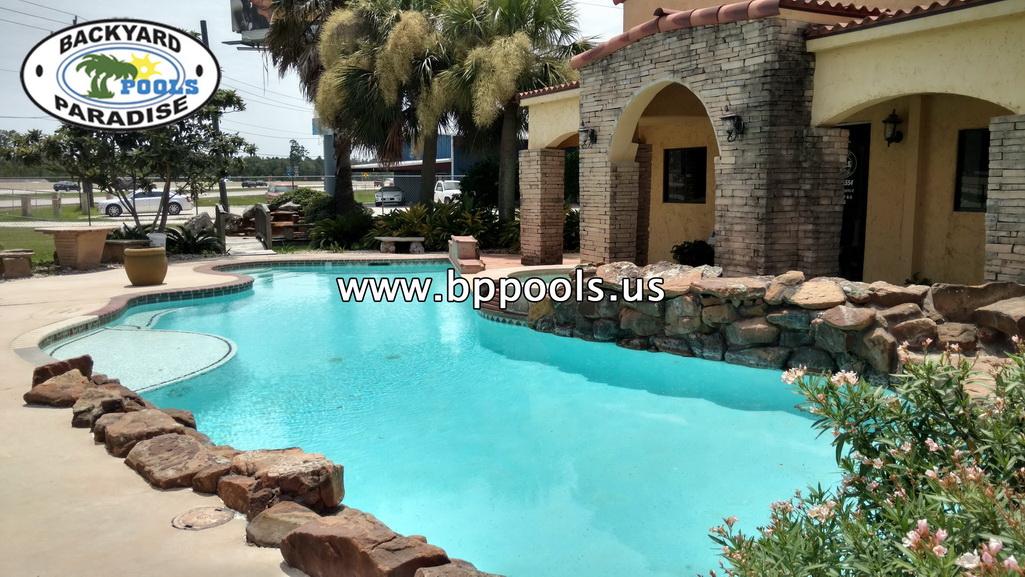 Backyard Paradise: Backyards Paradise Pools